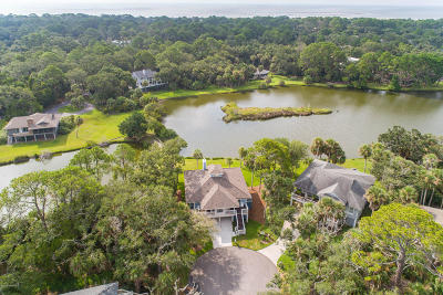 Beaufort County Single Family Home For Sale: 282 Deer Lane