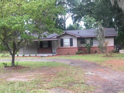 Port Royal Single Family Home For Sale: 2612 Smilax Avenue