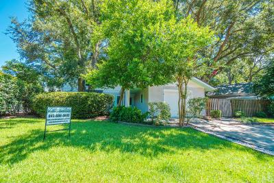 Beaufort County Single Family Home For Sale: 4 Azalea Street