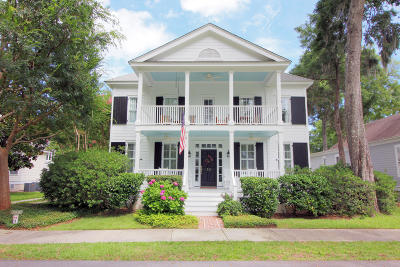Beaufort County Single Family Home For Sale: 10 Grace Park