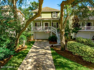 Hilton Head Island Single Family Home For Sale: 13 Gold Oak Court