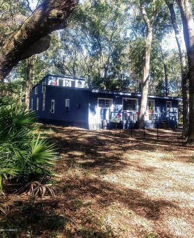 Beaufort County Single Family Home For Sale: 19 Miller Drive W