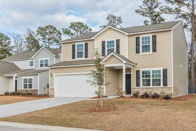 Beaufort Single Family Home For Sale: 8 Coosawhatchie Way
