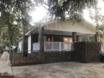 Beaufort County Single Family Home For Sale: 1503 Sycamore Street