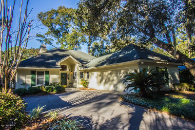 Beaufort County Single Family Home For Sale: 664 S Reeve Road
