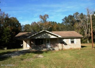 Single Family Home For Sale: 371 Old House Road