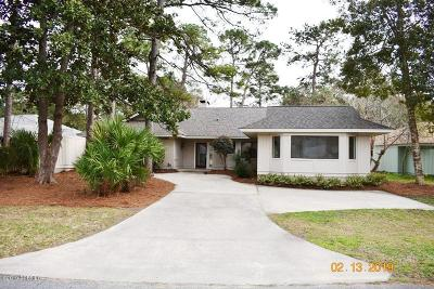 Beaufort County Single Family Home For Sale: 32 Purple Martin Lane