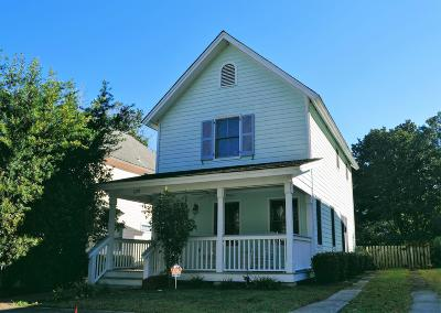 Beaufort County Single Family Home Under Contract - Take Backup: 1319 Broad Street