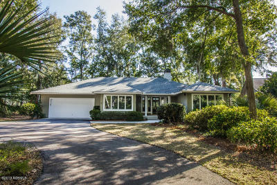 Beaufort County Single Family Home For Sale: 39 Cotton Dike Court
