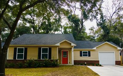 Beaufort County Single Family Home For Sale: 30 Brindlewood Drive