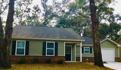 Beaufort County Single Family Home For Sale: 32 Brindlewood Drive