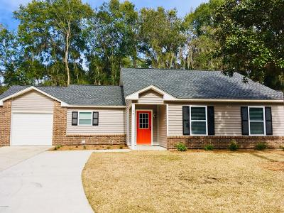 Beaufort County Single Family Home For Sale: 39 Brindlewood Drive