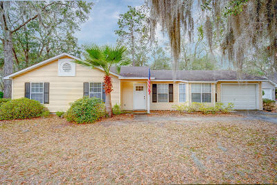 Beaufort County Single Family Home For Sale: 12 Le Moyne Drive