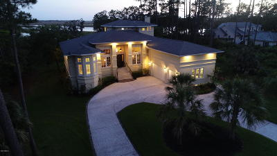 Beaufort County Single Family Home For Sale: 1422 Gleasons Landing Drive