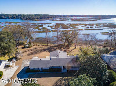 Beaufort County Single Family Home For Sale: 2237 Plantation Drive