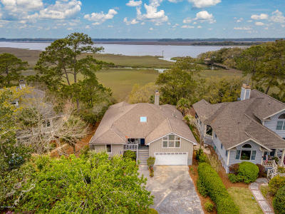 St. Helena Island Single Family Home For Sale: 1143 Palmetto Point