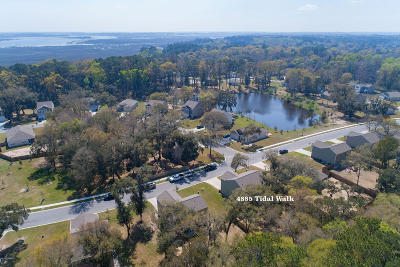 Beaufort County Single Family Home For Sale: 4885 Tidal Walk Drive