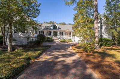 Beaufort County Single Family Home For Sale: 22 Sparrow Nest Point