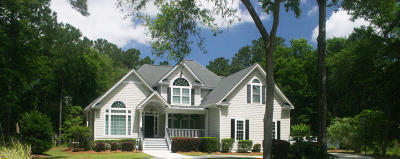 Beaufort County Single Family Home For Sale: 62 Garden Grove Court
