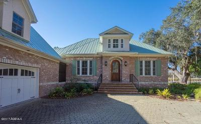 Beaufort County Single Family Home For Sale: 3 Butterfield Lane
