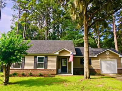 Beaufort County Single Family Home For Sale: 46 Brindlewood Drive