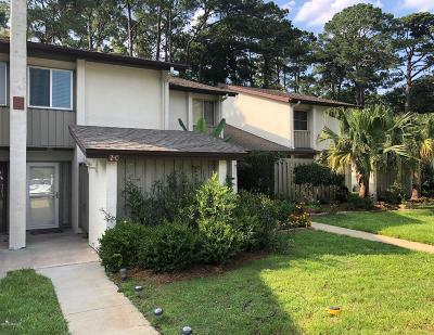 Beaufort Condo/Townhouse For Sale: 2 Marsh Harbor Drive #C