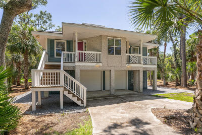 Beaufort County Single Family Home For Sale: 327 Deer Lake Drive
