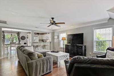 Bluffton Single Family Home For Sale: 62 Gables Lane