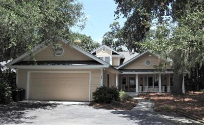 Beaufort County Single Family Home For Sale: 36 Reeve Court