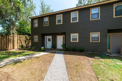 Beaufort Condo/Townhouse Under Contract - Take Backup: 2304 Pine Court S #9
