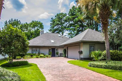 Beaufort County Single Family Home For Sale: 738 N Reeve Road