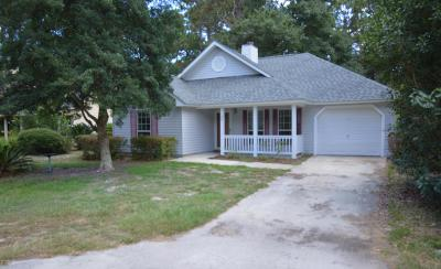 Beaufort County Single Family Home For Sale: 20 Cedar Crest Circle