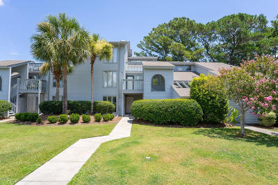 Beaufort Condo/Townhouse For Sale: 9 Marsh Harbor Drive #F