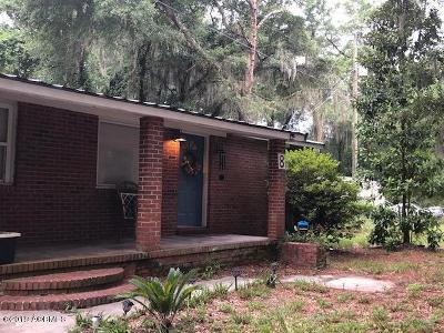 Burton Single Family Home For Sale: 8 Billy Hill Road