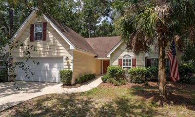 Beaufort County Single Family Home For Sale: 54 Francis Marion Circle