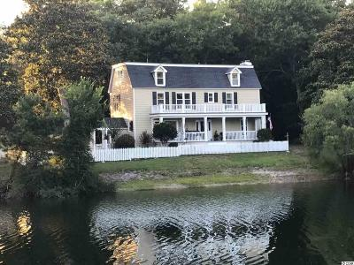Murrells Inlet Single Family Home For Sale: 735 Mallard Pond Road (Lake Home)