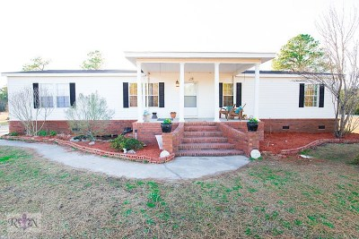 Loris Single Family Home For Sale: 501 Quartermaster Drive
