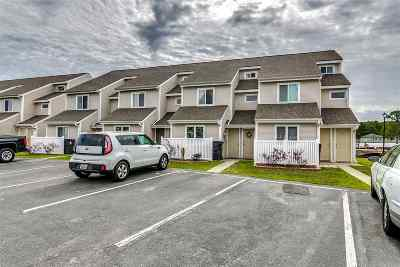 Surfside Beach Condo/Townhouse Active-Pending Sale - Cash Ter: 1400 Deer Creek Road #D