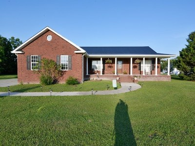 Horry County Single Family Home For Sale: 3325 Huckleberry Road