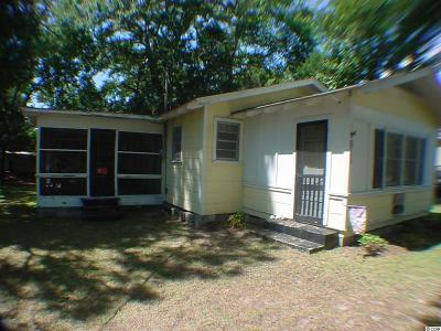 North Myrtle Beach Single Family Home For Sale: 611 S 34th Ave