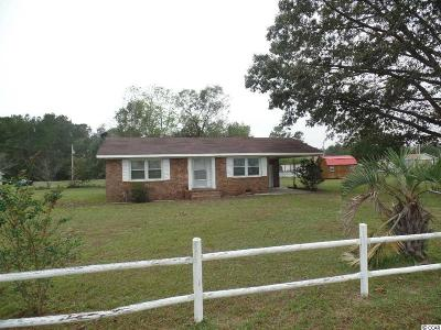 Loris Single Family Home For Sale: 120 Ole Holly Dr.