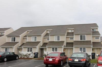 Condo/Townhouse For Sale: 1400 Deer Creek Rd. #G