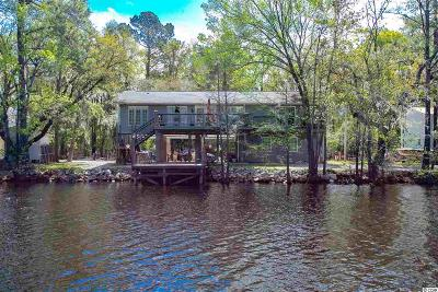 Conway Single Family Home For Sale: 1046 Waccamaw Dr.