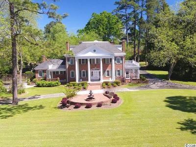 Lake Waccamaw Single Family Home For Sale: 1404 Lake Shore Dr.