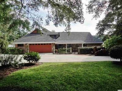 Brunswick County Single Family Home For Sale: 517 Lake Shore Dr.
