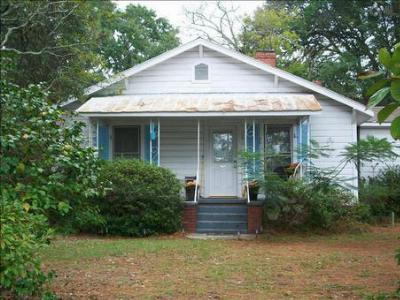 Single Family Home Sold: 621 Wessinger Street