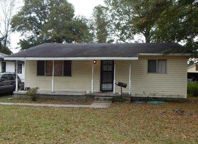 Camden Single Family Home For Sale: 613 Gates