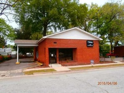 Commercial For Sale: 535 W Railroad