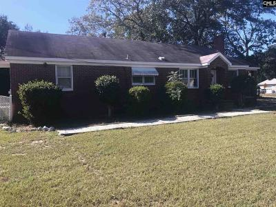 West Columbia Single Family Home For Sale: 300 Dreher