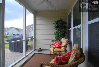 Elgin Single Family Home For Sale: 182 Thacher